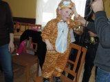 Představení masek na dětském maškarním karnevalu - tygřík