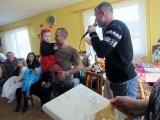 děti převlečené v maškarních kostýmech - Beruška