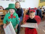 děti převlečené v maškarních kostýmech