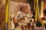 spící miminko při Mikulášské návštěvě