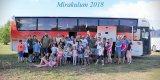 společná fotografie účastníků zájezdu do zábavného parku Mirákulum
